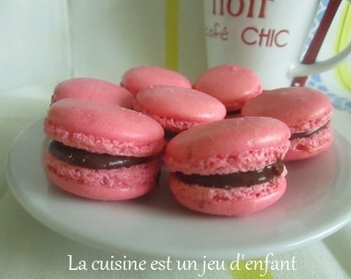 ob_044f61_macaronschoco-fraise-3