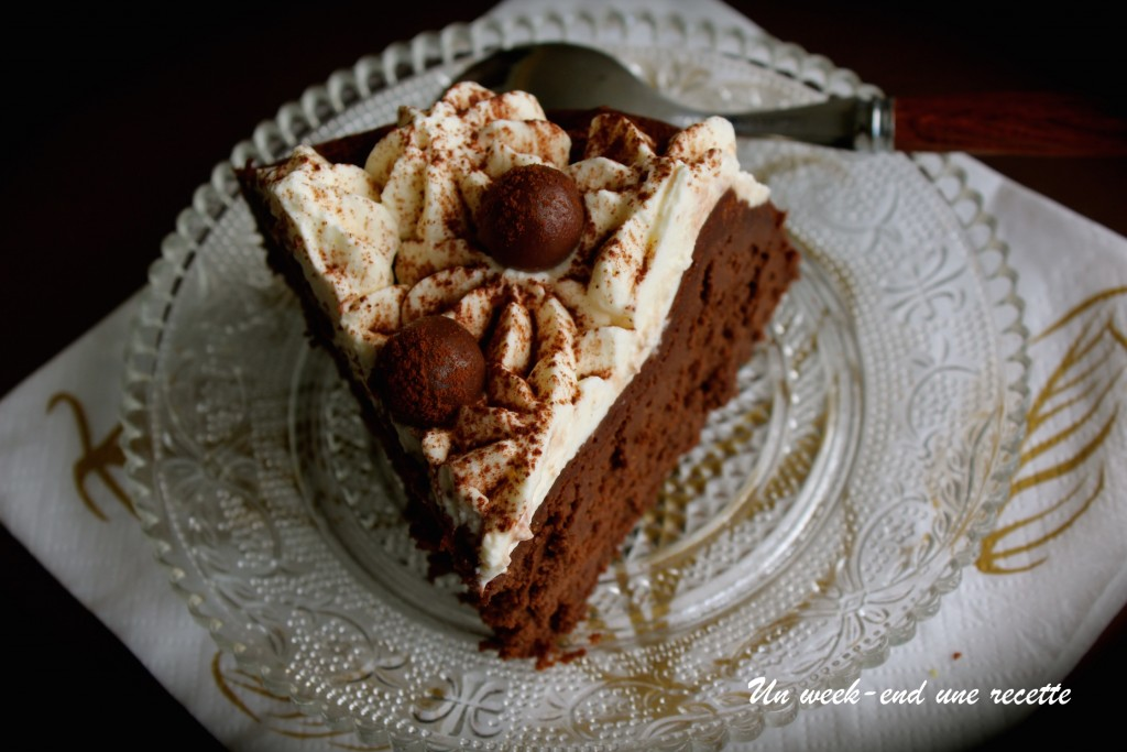Fondant chocolat aux haricots rouge et chantilly au coco